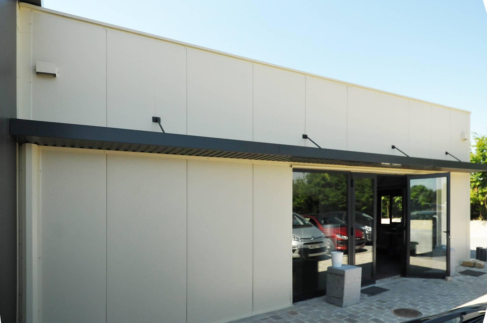 Construction m tallique pour entreprise de terrassement for Structure metallique architecture
